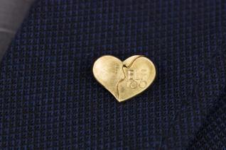 Juwelier-Range-Kassel-Kasselherz-1100-Gold-Nadel-2020-01